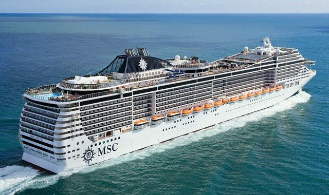 Navios oferecem estrutura para eventos e ações a bordo